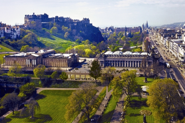 National Galleries With Princes St Gardens