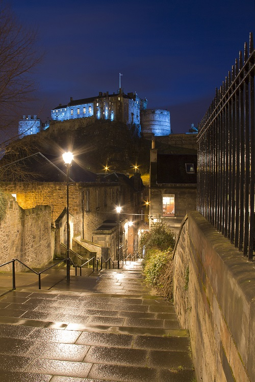 Edinburghcastlefromvennel 500 (1)