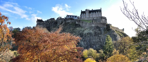 Autumn With Castle 500X210